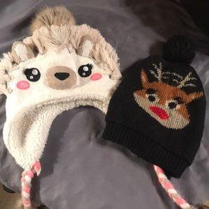 2 Girls winter hats